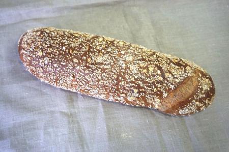 Farine mi-blanche, farine bise, levain chef, multi-céréales