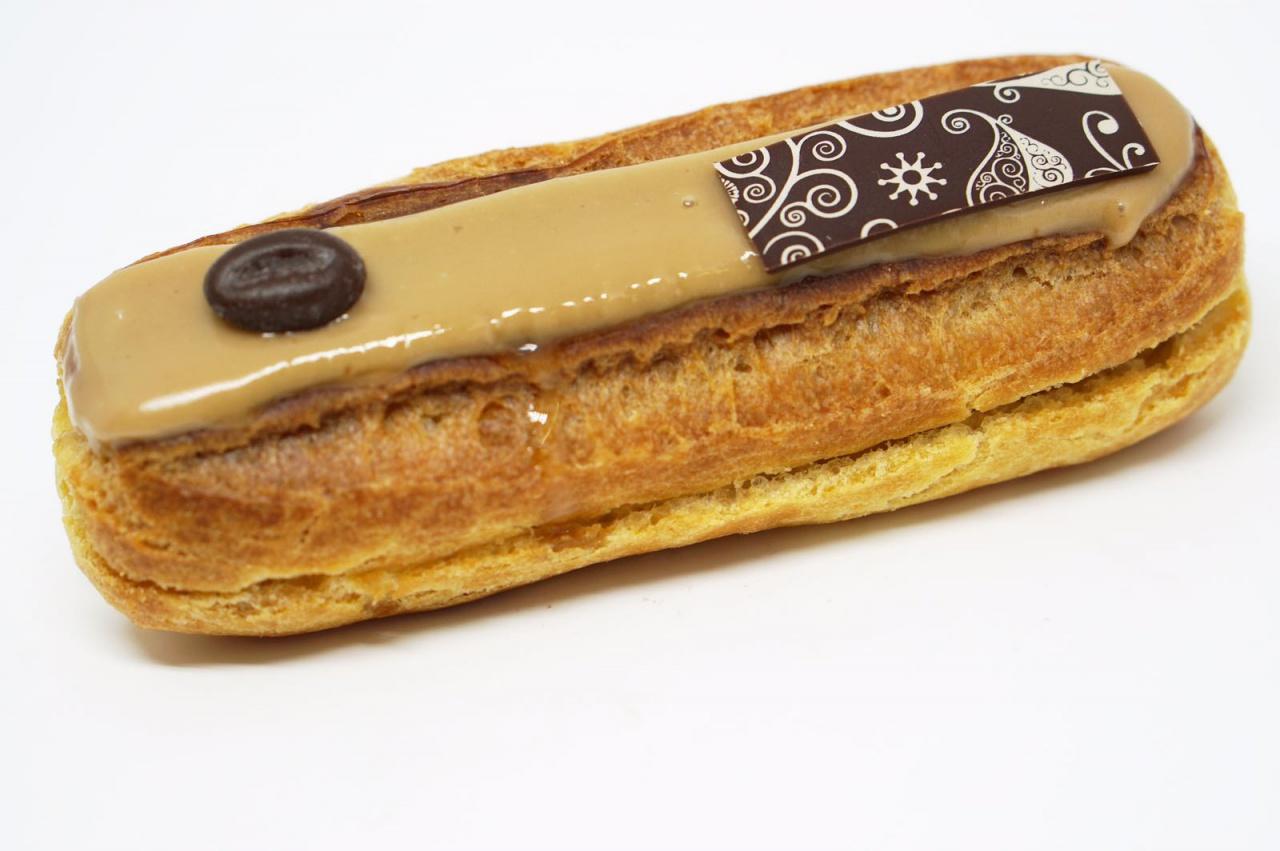 Pâte à choux, crème pâtissière chocolat ou mocca
