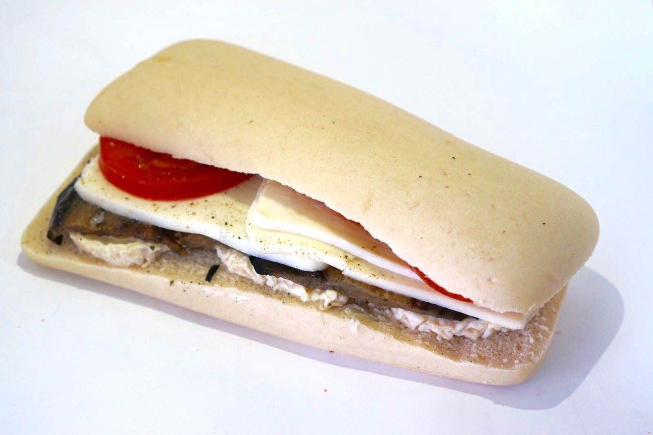 A choix, jambon/gruyère, tomates/mozzarella, poulet, thon, chèvre/aubergine, jambon cru